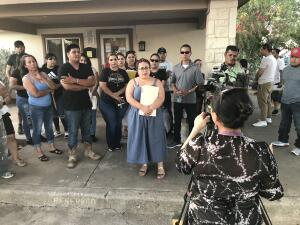 Inquilinos de una comunidad de casas móviles de Fort Worth denuncian haber sido estafados