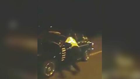 En video: Conductor ebrio arrastra a una oficial con su auto cuando ella lo intentaba detener