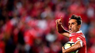 Jonas comanda voltereta del Benfica ante el Paços de Ferreira