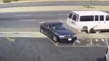 Mujer en Bakersfield es arrollada por un vehículo a alta velocidad y vive para contarlo