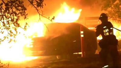 Al menos 200 acres han sido quemados por incendios forestales al norte de California