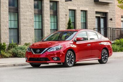 """<h3 class=""""cms-H3-H3""""><b>Nissan Sentra</b></h3> <br> <br> <b>Precio promedio: </b>9,887 dólares <br> <b>Porcentaje promedio por debajo del valor de mercado: </b>11.3% <br> <b>Ahorro promedio: </b>1,263 dólares"""