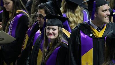 ¿Cómo se puede validar un certificado de estudios para trabajar en Estados Unidos?