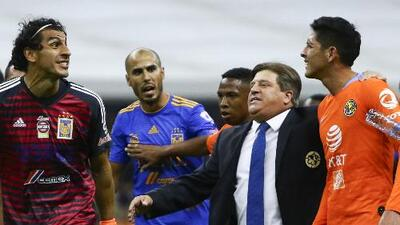 "Salcedo aseguró que Edson Álvarez se burló de ellos: ""Hace 8 meses estábamos consolándolo en el Mundial"""