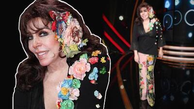Verónica Castro rinde tributo a 'La Casa de las Flores' con su vestuario (y aprovecha para lanzar un reproche)