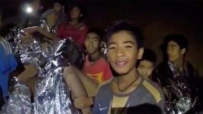 Rescatan a todos los niños y su entrenador de la cueva (esto se sabe de su salud luego de 17 días atrapados)