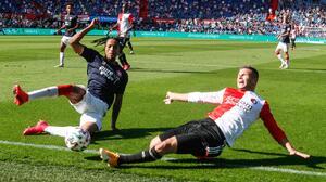 Manda primer ministro callar a afición de la Eredivisie