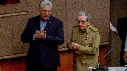 Miguel Díaz-Canel es el nuevo líder del Partido Comunista de Cuba en reemplazo de Raúl Castro