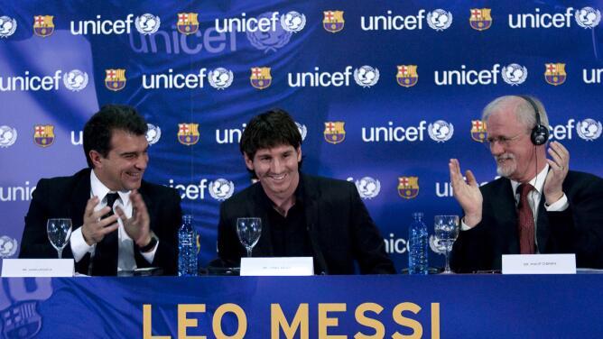 Laporta se lanza a presidencia del Barcelona para retener a Messi