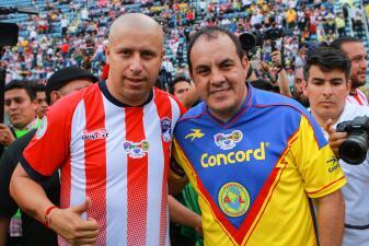 En fotos: América y Chivas empataron en un clásico de leyendas por una buena causa