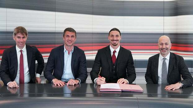 Zlatan para rato: Ibrahimovic firmó renovación con el AC Milán