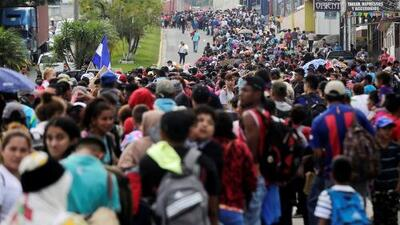 Temen manipulación política en caravana de migrantes hondureños a Guatemala y EEUU