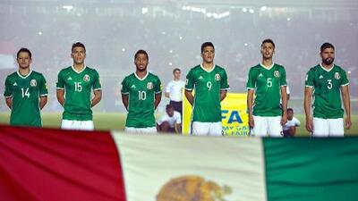 Diego Reyes recibe segunda tarjeta amarilla y no jugará ante Costa Rica
