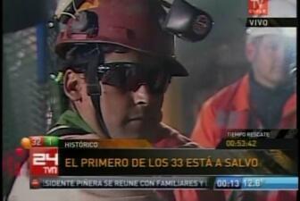 Uno por uno salen los mineros chilenos