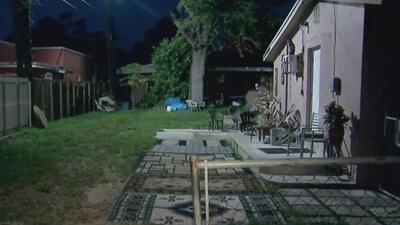 Un supuesto altercado a machetazos entre dos vecinos en el noroeste de Miami-Dade deja una persona herida
