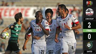 Santos perdonó todo el primer tiempo y Lobos obtuvo una victoria vital