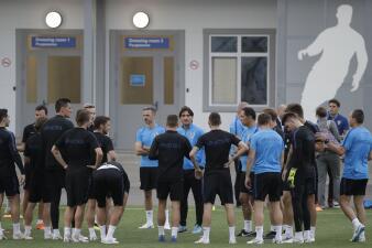 En fotos: Dinamarca quiere hacer la travesura y busca eliminar a la favorita Croacia
