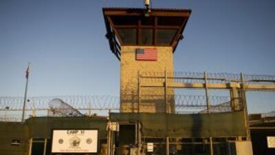 Cancelan vuelos a Guantánamo por huelga de hambre