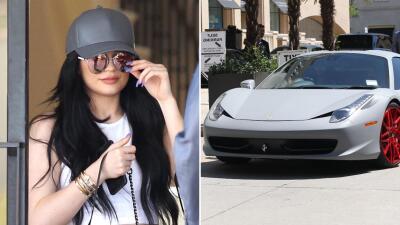 Kylie Jenner pintó el Ferrari que le regaló Tyga