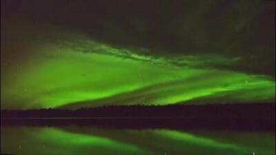 Así fue como se reflejo la aurora boreal en el cielo de Alaska