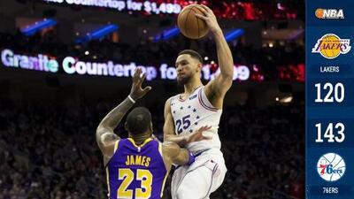 76ers barren a Lakers y vitorean a Kobe Bryant frente a LeBron James