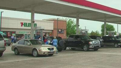 El precio de la gasolina sigue aumentado, ¿cuánto hemos tenido que pagar para llenar nuestros tanques?
