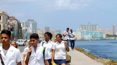 """Meet the """"Mikis"""" and Havana's other urban tribes"""