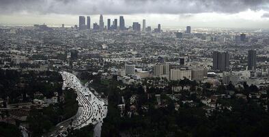 Saca tus abrigos: regresa el frío, la lluvia y posibles nevadas en el sur de California
