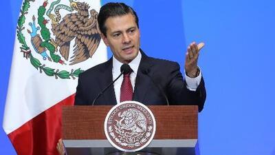 """""""Ha sido muy débil la respuesta que ha dado"""": Mexicanos en EEUU reaccionan al discurso de Peña Nieto"""