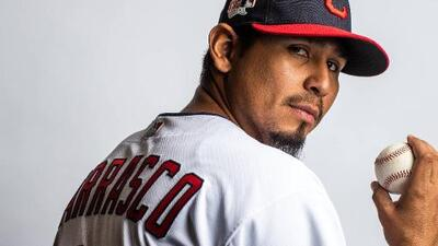 El pitcher venezolano Carlos Carrasco reveló que padece leucemia