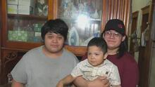 """""""Voy a llenar sus zapatos"""": joven que perdió a su madre por covid-19 ahora tendrá que ser la cabeza del hogar"""