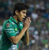 Chivas, a la espera; Macías sin arreglo con León