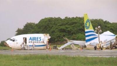 Un muerto y 120 heridos en accidente de avión alcanzado por un rayo en Colombia