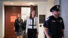 Trump continúa sus ataques contra testigos de la investigación del 'impeachment' en una nueva semana de audiencias