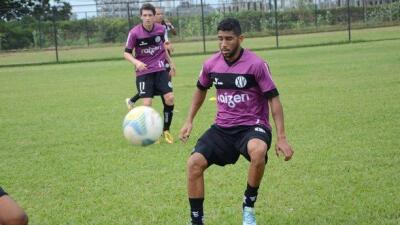 El futbolista brasileño Canavarros sufre muerte cerebral