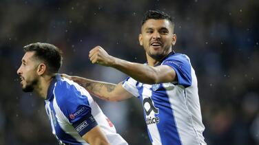Grandes elogios del técnico del Porto a 'Tecatito' Corona por su buen juego ¡como lateral!