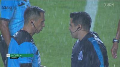 Tormenta suspendió momentáneamente el Morelia vs Monterrey