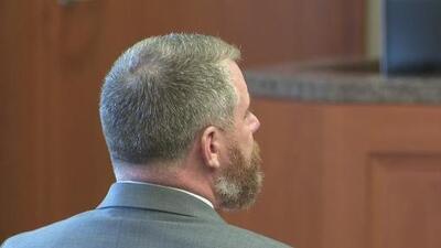Jurado comienza deliberación en el juicio contra Terry Thompson por la muerte del hispano John Hernández