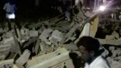Más de 100 muertos en un incendio durante celebraciones en un templo en India