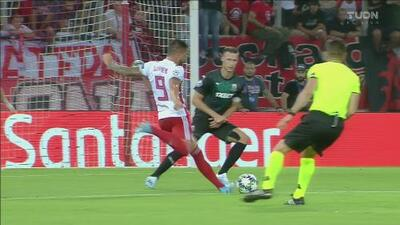 Guerrero marca un golazo y pone a ganar 1-0 al Olympiacos sobre el Krasnodar