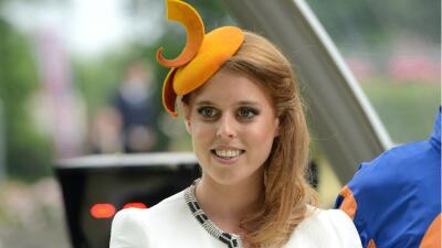 Ella es Beatrice de York, la nieta de la Reina Isabel II que todavía sigue soltera