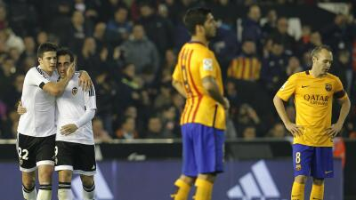 Valencia 1 - Barcelona 1: El Barça resbala y el liderazgo se aprieta
