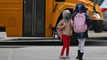 Miles de niños regresan a sus escuelas en Chicago en medio de la pandemia: así se vivió la jornada