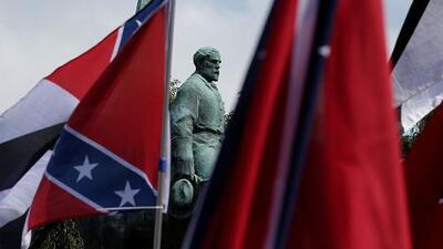 Guía para entender la polémica alrededor de las estatuas de los líderes confederados