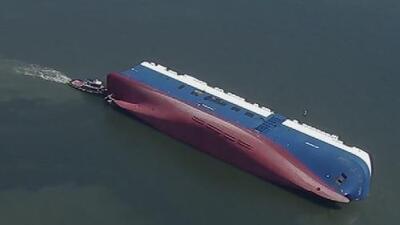 Se mantienen las esperanzas de hallar con vida a cuatro desaparecidos tras el incendio de un buque en Georgia