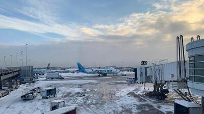 Más de 1,000 vuelos cancelados y 800 atrasos en O'Hare y Midway