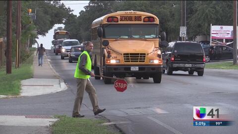 Recomendaciones a conductores que pasan por zonas escolares