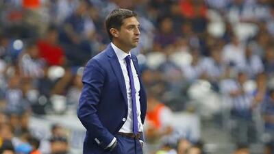 """Diego Alonso está claro: """"Tenemos la intención de pasar ganando"""""""