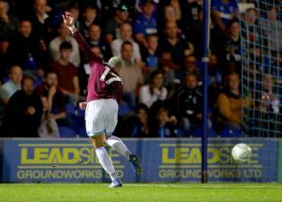 En fotos: gol de 'Chicharito 'y triunfo de West Ham en la Copa de la Liga para volver a respirar