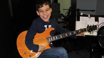 Adrián Martín, el niño con discapacidad de 11 años que está nominado en Latin GRAMMYs